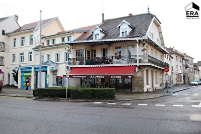 ENSEMBLE IMMOBILIER BAR + APPARTEMENT LURE PLEIN CENTRE